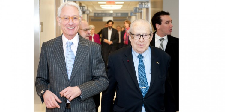 In February 2014, Dr. Victor Goldbloom (right) accompanied Rick Dubrovsky, President of the JGH Board of Directors, on a tour of the newly completed Emergency Department in Pavilion K.