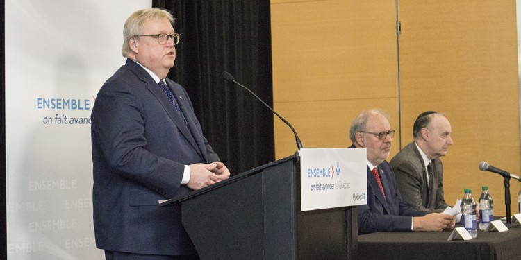 Dr. Gaétan Barrette (left) with Pierre Arcand (centre) and Dr. Lawrence Rosenberg at the JGH news conference to announce major government support for hospital renovations.
