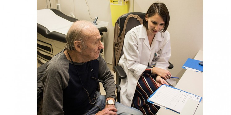 In the Clinical Access Service, Melanie Zwetkow, a Care Counsellor Nurse, meets with Joseph Gluchy to discuss the results of his medical tests.