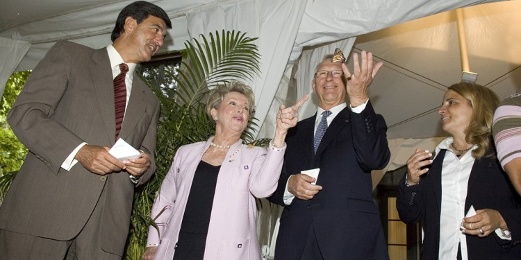 Mayor Gérald Tremblay (second from left) releases a butterfly, to the delight of (from left) JGH Executive Director Henri Elbaz, Sheila Kussner and Joey Adler.