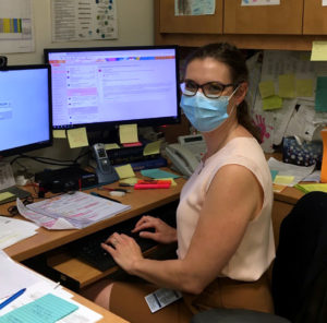 Kimberly Gartshore, Head Nurse of the Oncology Clinic at the Segal Cancer Centre.